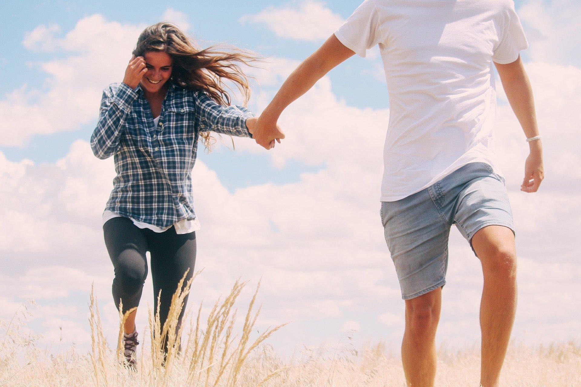 不倫相手と連絡をやめると起こる奇跡!既婚男性の本気度を高めたいのなら連絡を控えるべき理由と効果