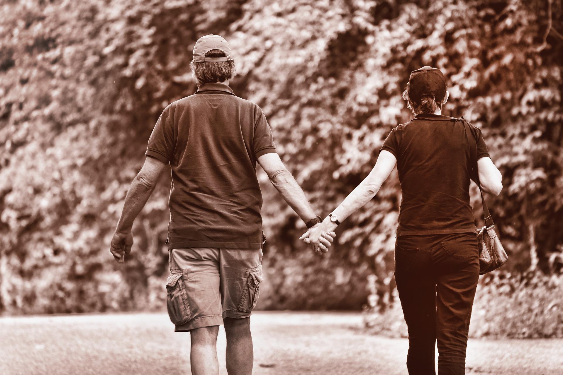 離婚したい夫がとる行動を知りたい!既婚男性の行動や心理から読み解く方法と旦那を取り戻す方法